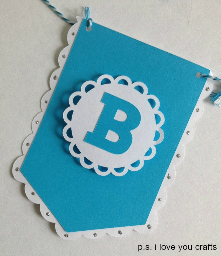 make a banner with cricut